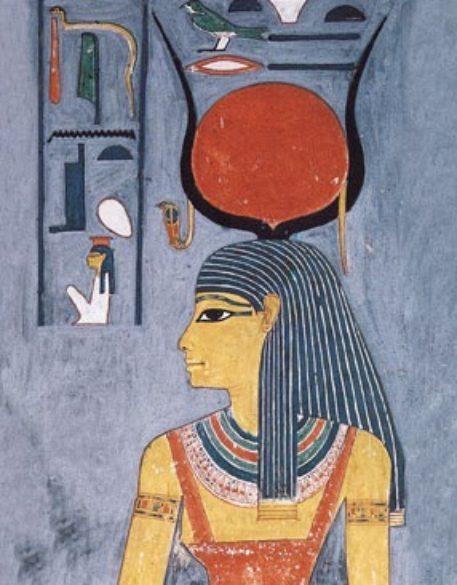 صورة-مصر-في-الحصان-الابيض-الربة-إيزيس-457x585